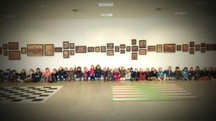 Basisschool Comenius uit Den Helder in het Rob Scholte Museum