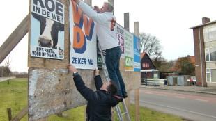 VVD-kandidaten leven uit zich met kwast, stijfsel en nietpistool
