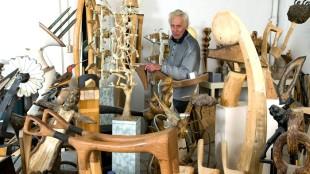 Evert Koopman in zijn atelier te Den Helder