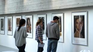 Bogna Postepska - Rob Scholte's Glossy bij Amsterdam Art Center