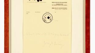 Joseph Beuys - Nehmt was ihr kriegen könnt!