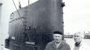 Paul Citroen en Carel Willink in Den Helder bij de onderzeeboot Zeehond