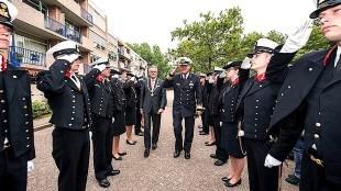 Burgemeester Koen Schuiling met Ereburger van Den Helder Commandant Zeestrijdkrachten vice-admiraal Matthieu Borsboom