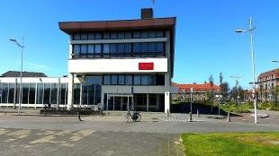 Het Rob Scholte Museum in het voormalig postkantoor.
