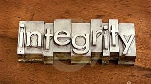 Marek Uliasz - Het concept van de integriteit of van de ethiek