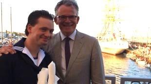 Burgemeester Koen Schuiling met gezelschap bij Sail 2015 (foto Jacqueline van Dongen op Twitter)
