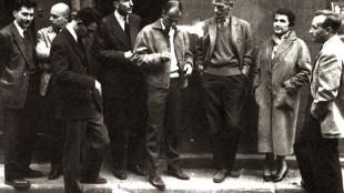 Enkele schrijvers van Le Nouveau Roman (1959) Van links naar rechts- Alain Robbe-Grillet, Claude Simon, Claude Mauriac, Jérôme Lindon, Robert Pinget, Samuel Beckett, Nathalie Sarraute, Claude Ollier