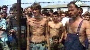Kamp Trnopolje met gevangene Fijret Alic