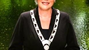 Burgemeester Hetty Hafkamp van Bergen