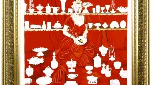 Marliz Frencken - Woman in red with white porcelain