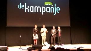 Burgemeesters op het podium voor opening van DE schouwburg van Nederland, namelijk De Kampanje in Den Helder ! (foto Jacqueline van Dongen)
