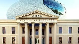 Museum De Fundatie in Zwolle met de Wolk