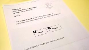 Stembiljet 6 april 2016 (foto Geen Stijl)