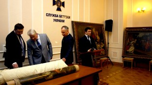 Gestolen kunst uit het Westfries Museum in Oekraïne (foto handout/Scanpix)