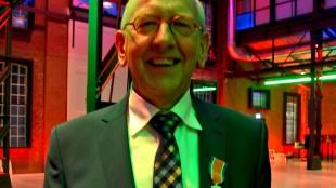 Lintje voor schouwburgdirecteur Jan Fokkinga (foto Carina Thedinga)