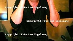 Rob Scholte, 10 februari 1995, op  Schiphol tijdens persconferentie (foto Leo Vogelzang)