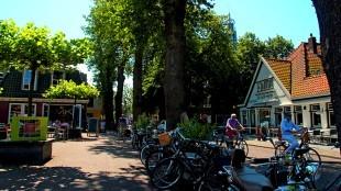 Dorpskern Bergen (foto belvilla.nl)