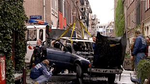 Rob's BMW na de aanslag (foto YouTube)
