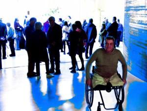 Ook landelijk bekend kunstenaar Rob Scholte gaf acte de presence bij de condealance in museum Boijmans (foto Rinus Vuik)