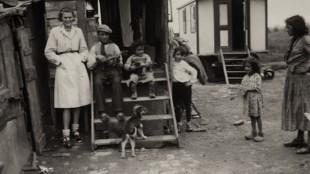 Jan Wies - Zigeuner woonwagens in Haarlemmermeer