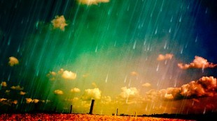 Regen met zonneschijn