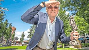 Wethouder Lolke Kuipers als Jutter (foto Peter van Aalst)