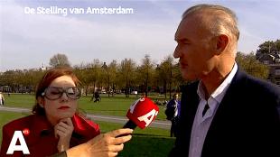 Tinkebell & Willem Baars bij De Stelling van Amsterdam (foto AT5)