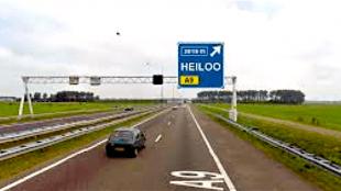 Afslag A9 Heiloo, de heilloze weg (foto Uitkijkpost)