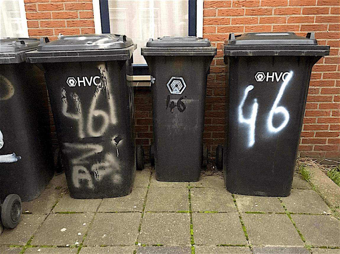 Afval in Den Helder (foto DenniZ360/Twitter)