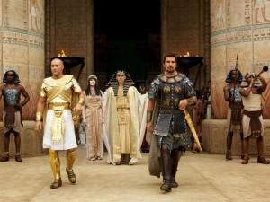 Joel Edgerton, John Turturro and Christian Bale in Exodus: Gods and Kings (foto Twentieth Century Fox)