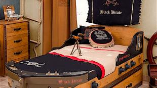 Cilek Black Pirate Piratenschiff (foto ricardo.ch)