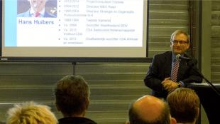 CDA formateur Hans Huibers (foto Westfriesland in Bedrijf)