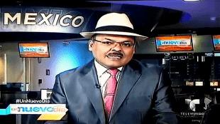DANIEL MUÑOZ in de studio in Mexico