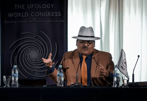 DANIEL MUÑOZ op The Ufology World Congress