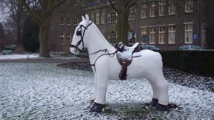Rob Scholte – Paard voor Willibrordus (foto Cor de Boer)