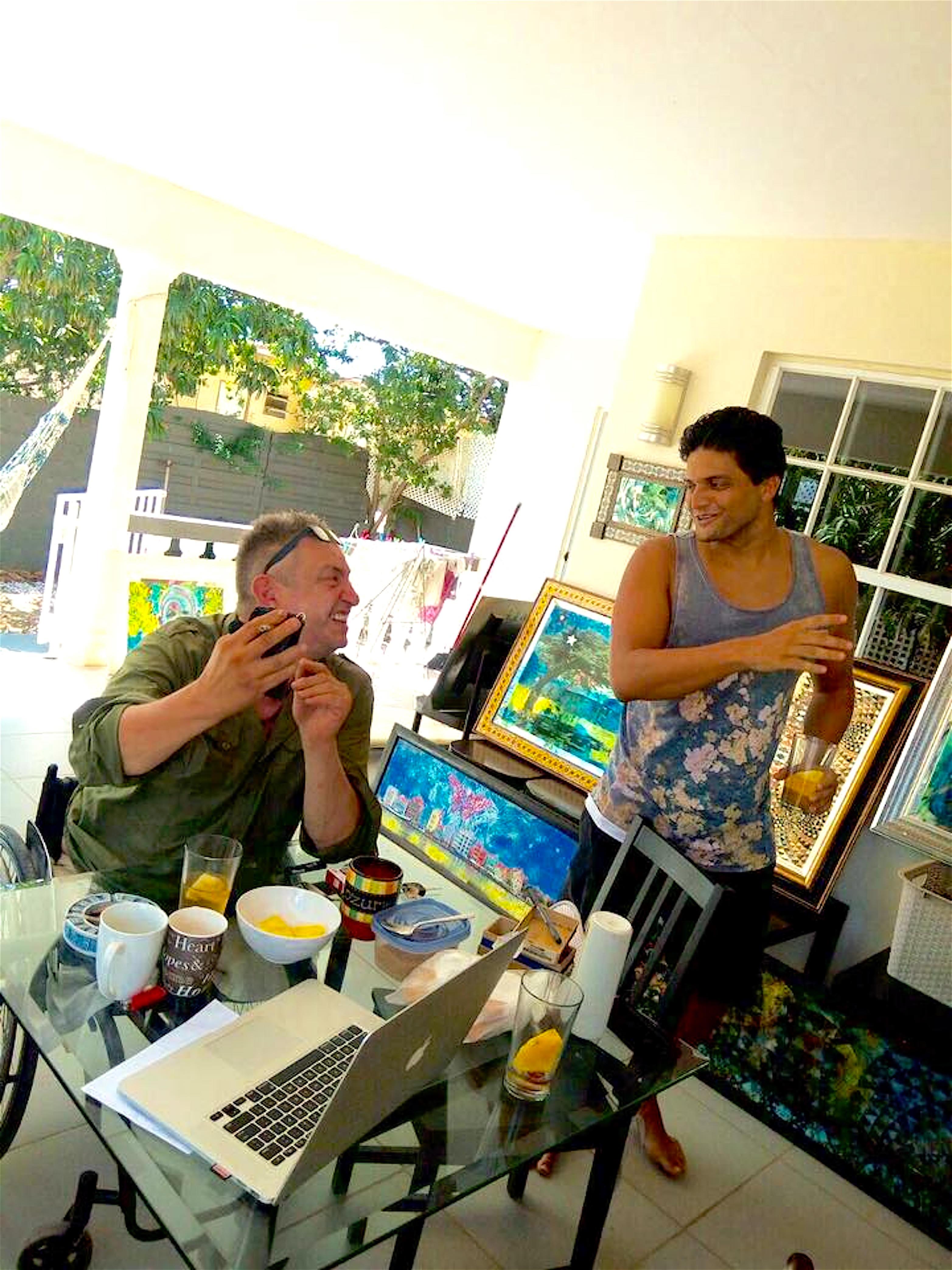 Rob Scholte & Giovani Zanolino in the Zanolino home (foto Sinuhe Oomen)