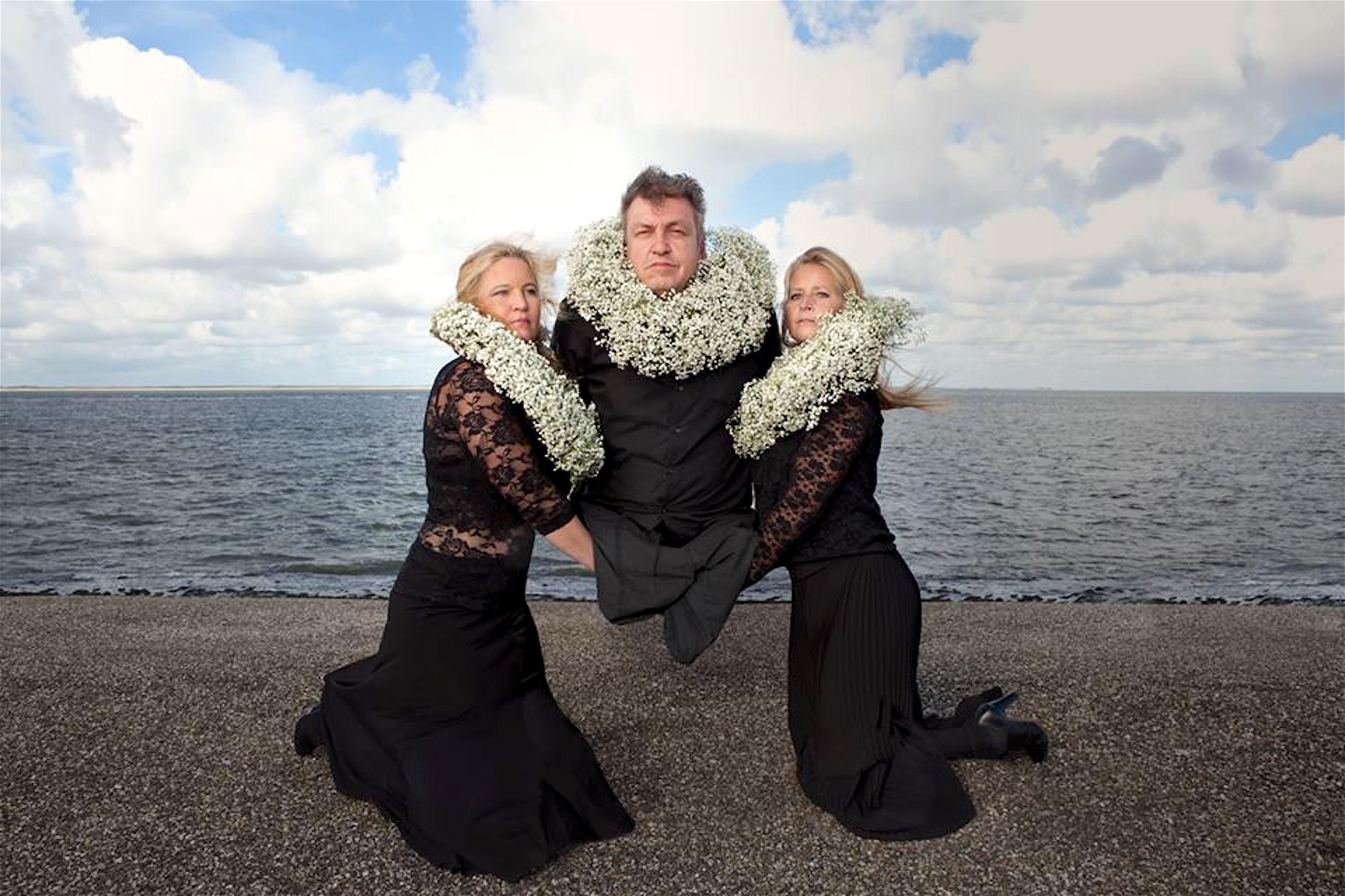 Jacinta, Ilona & Milouschka Bokma – Door velen op handen gedragen