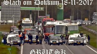 Herdenkingsvlag 'pietenblokkade' (foto Facebook)