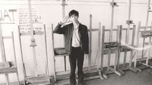 Maarten Ploeg op de Rietveld 1980 (foto Rogier Dijkman)