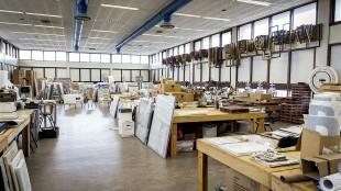 De studio van Rob Scholte voor de onrechtmatige ontruiming door gemeente Den Helder onder persoonlijke aanvoering van burgemeester Koen Schuiling (foto Dingena Mol)