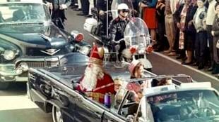 Sint als president Kennedy (foto Michael van Zeijl/Twitter)