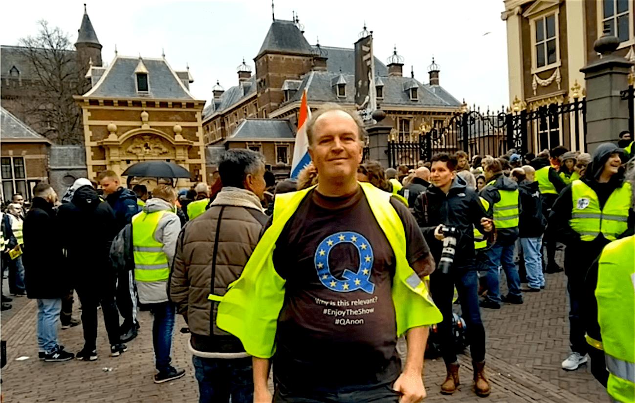 Q in Den Haag (SpaceShot76 3-12-18)