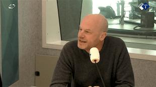 Hans den Hartog Jager bij Radio 1 (foto NPO)
