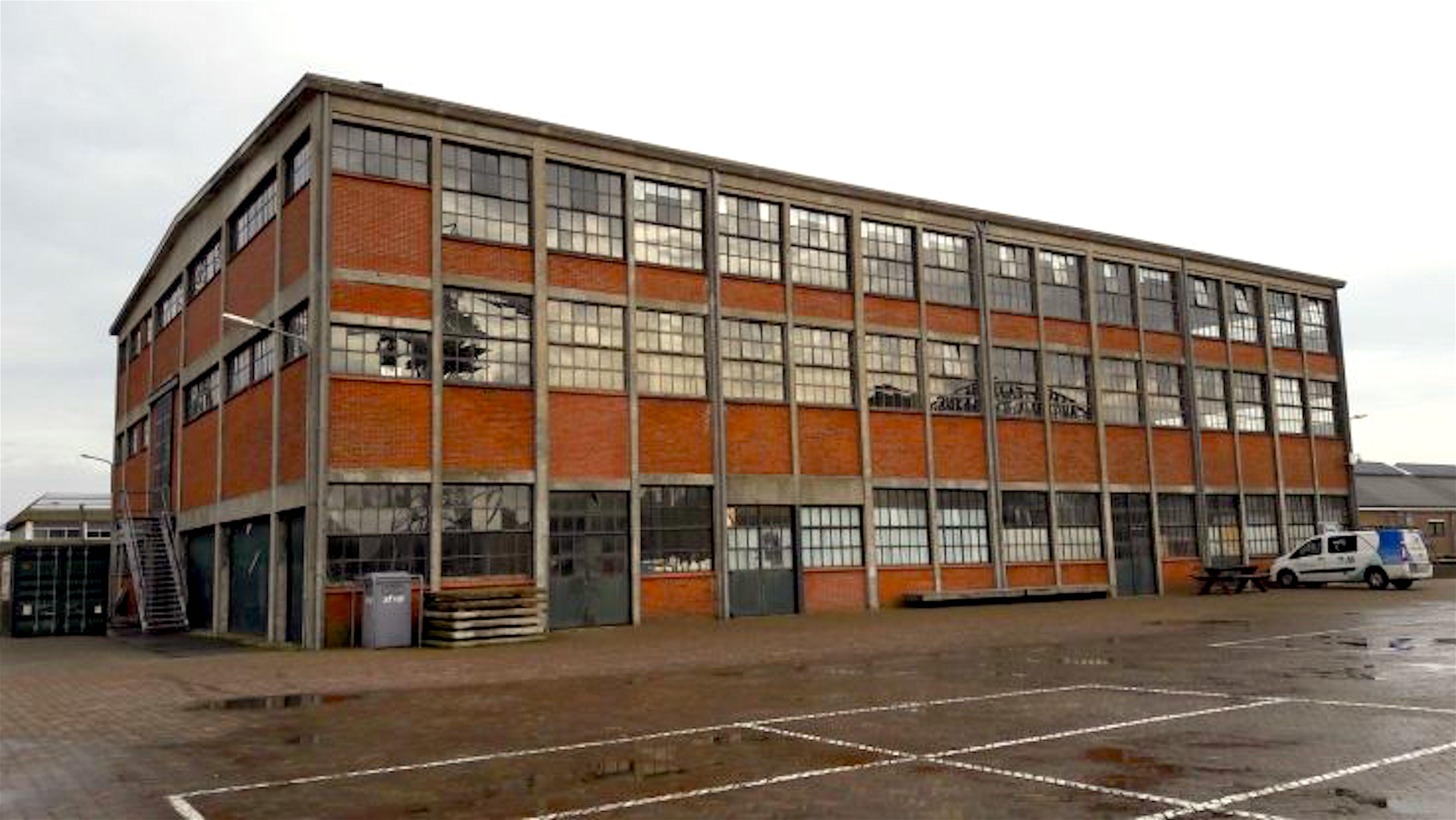 ORW gebouw 72 in beeld als locatie voor het stadhuis (foto L.O.S. Den Helder)