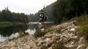 Bagpipes: The Flowers Of The Forest (foto YouTube))