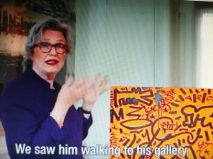Jeanette Sanders with Keith Haring's Bad Thoughts , Collection Sanders, in 1982 in New York, (foto Stedelijk Museum)