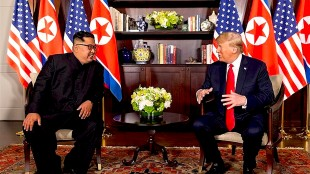 North Korean leader Kim Jong Un meets American president Donald Trump (foto Strategic Culture)