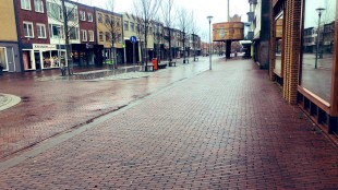 Gewoon slecht weer of is koopzondag niet meer relevant in Den Helder? (foto Radio Richard/Twitter)