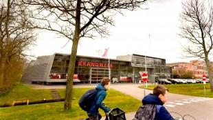 De brandweerkazerne wordt na zes jaar weer eigendom van de gemeente Den Helder (foto George Stoekenbroek)