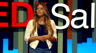 Nicole Emma at TEDx Salt Lake City (foto YouTube)